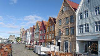 北欧(3)ベルゲン市内観光(ブリッゲン・フロイエン山・魚市場)