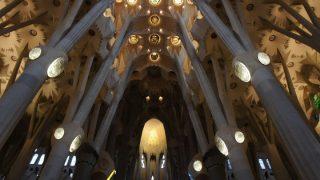 スペイン・ポルトガル(16)雨のサグラダ・ファミリア教会見学