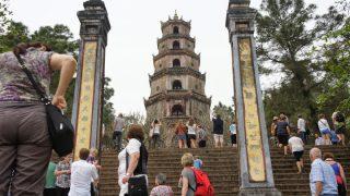 ベトナム中部(6)フエ王宮&帝廟巡り1日ツアー