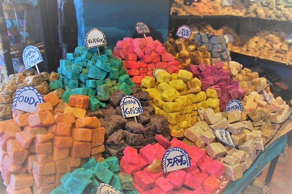 モロッコ 石鹸状の香水